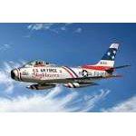 Italeri 1:48 F-86F Sabre Jet `Skyblazers` 2684 repülő makett