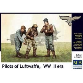 Master Box 1:32 - Pilots of Luftwaffe, WWII Era figura makett