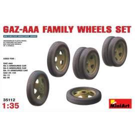 Miniart 1:35 Soviet GAZ-AAA Family Wheels Set