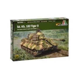Italeri 1:56 Sd. Kfz.182 Tiger II harcjármű makett
