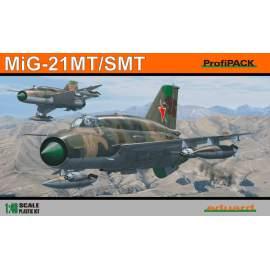 Eduard Profipack 1:48 MiG -21SMT Re-Edition repülő makett