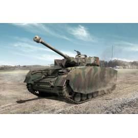 Academy 1:35 Pz.Kpfw.IV Ausf.H Mid Production harcjármű makett