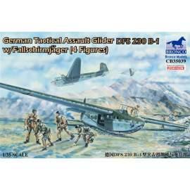 Bronco 1:35 German Tactical Assault Glider DFS 230 B-1 with 4 Figures