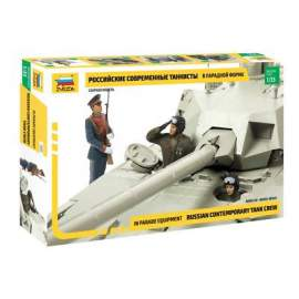 Zvezda 1:35 Soviet Tank Crew - Parade Version figura makett