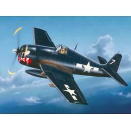 Trumpeter 1:32 Grumman F6F-5 Hellcat repülő makett