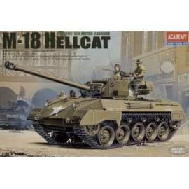 Academy 1:35 M18 Hellcat Tank Destroyer harcjármű makett