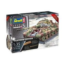 Revell 1:35 Pz.Kpfw.VI Ausf.B Tiger II Full Interior harckocsi makett