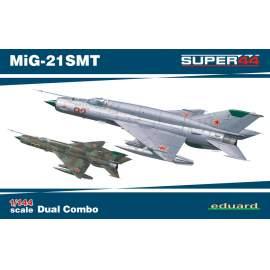 Eduard 1:144 MiG-21SMT repülő makett