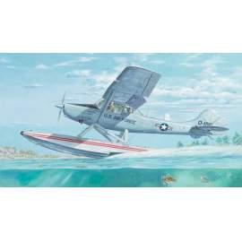 Roden 1:32 L-19/O-1 Bird Dog Floatplane repülő makett