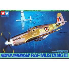 Tamiya 1:48 RAF North-American Mustang III Malcolm hood repülő makett