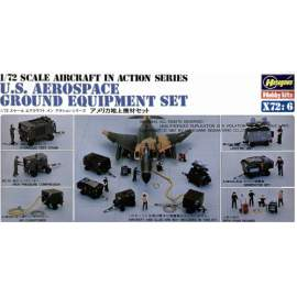 Hasegawa 1:72 Ground Equipment Set