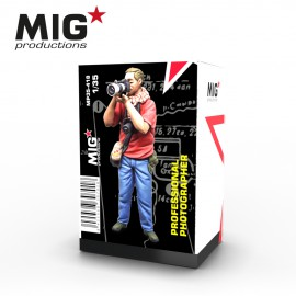 MIG Productions 1:35 Professional photographer